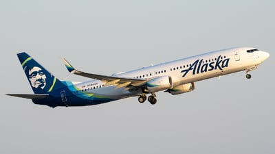 A picture of N294AK - Boeing 737990(ER) - Alaska Airlines - © Evan Dougherty