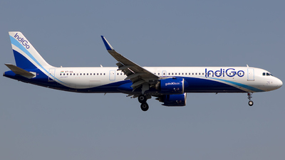 A picture of VTIUL - Airbus A321271NX - IndiGo - © Aashay Bapaye