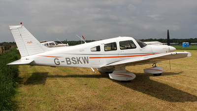A picture of GBSKW - Piper PA28181 - [2890138] - © Ian Howat