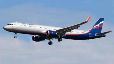 VP-BAV - Airbus A321-211 - Aeroflot