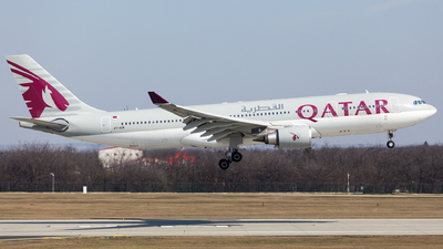 A picture of A7ACM - Airbus A330202 - Qatar Airways - © SlowhanD