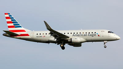 A picture of N222NS - Embraer E175LR - American Airlines - © Chrisjake