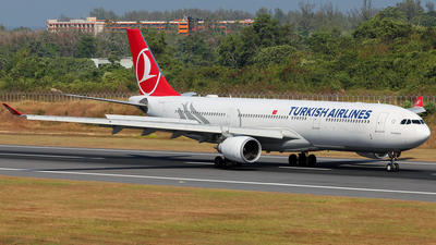 A picture of TCJOE - Airbus A330303 - Turkish Airlines - © Alexander Tarasenkov