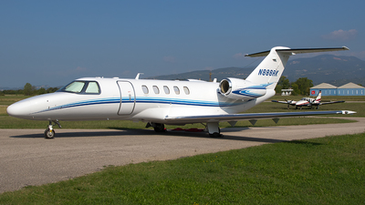 A picture of N888RK - Cessna 525C CitationJet CJ4 - [525C0183] - © Roberto Bianchi