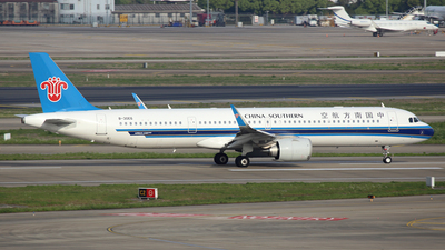 A picture of B30E6 - Airbus A321253NX - China Southern Airlines - © Ken Chen