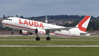 A picture of OELOR - Airbus A320214 - Laudamotion - © Kevin Schaaser