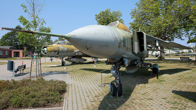 332 - Mikoyan-Gurevich MiG-23ML Flogger G - German Democratic Republic - Air Force