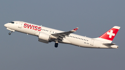 A picture of HBJCE - Airbus A220300 - Swiss - © Bora Polater