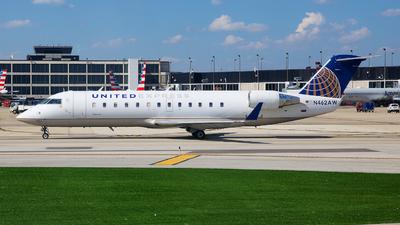 A picture of N462AW - Mitsubishi CRJ200LR - United Airlines - © George Lau - AHKGAP