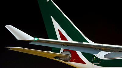 A  Ludovic aviation photos on JetPhotos