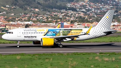 A picture of ECNIX - Airbus A320271N - Vueling - © Manuel EstevezR