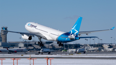 A picture of CGUBD - Airbus A330243 - Air Transat - © RZ