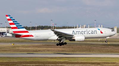 N792AN - Boeing 777-223(ER) - American Airlines