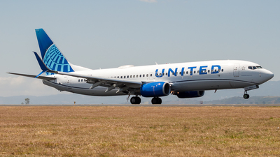 A picture of N76529 - Boeing 737824 - United Airlines - © Ivan Jimenez Rojas