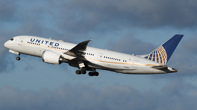 A picture of N27901 - Boeing 7878 Dreamliner - United Airlines - © Milanwitham5