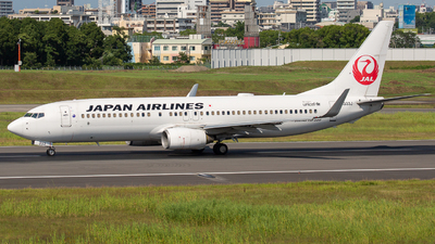 A picture of JA333J - Boeing 737846 - Japan Airlines - © Tokubee