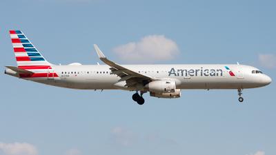 N131NN - Airbus A321-231 - American Airlines