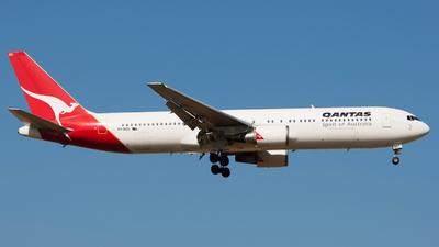 VH-OGO - Boeing 767-338(ER) - Qantas