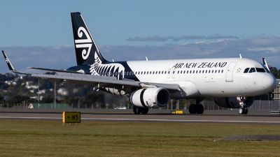 A picture of ZKOXE - Airbus A320232 - Air New Zealand - © JacksonAviation