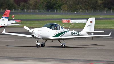 D-EFXJ - Aquila A210 - RWL - German Flight Academy