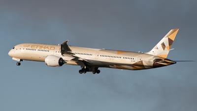 A picture of A6BMB - Boeing 78710 Dreamliner - Etihad Airways - © Pamela de Boer