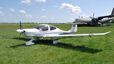 D-EEDI - Diamond DA-40D Diamond Star TDI - Private