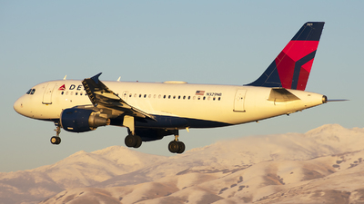 A picture of N329NB - Airbus A319114 - Delta Air Lines - © Michael Rodeback