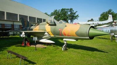 742 - Mikoyan-Gurevich MiG-21SPS Fishbed F - German Democratic Republic - Air Force