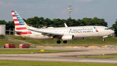 N977NN - Boeing 737-823 - American Airlines