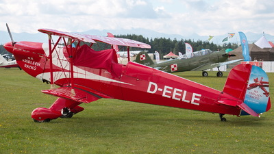 D-EELE - CASA 1.131E Jungmann - Private