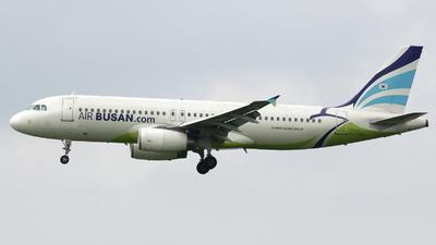 HL7744 - Airbus A320-232 - Air Busan