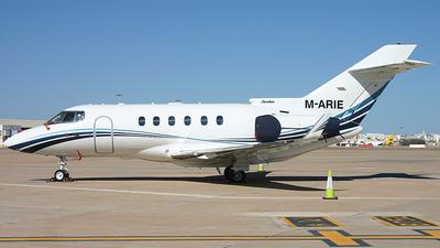 M-ARIE - Hawker Beechcraft 800XP - Private