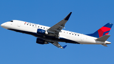 N272SY - Embraer 170-200LR - Delta Connection (SkyWest Airlines)