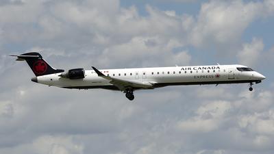 C-GPJZ - Bombardier CRJ-900LR - Air Canada Express (Jazz Aviation)