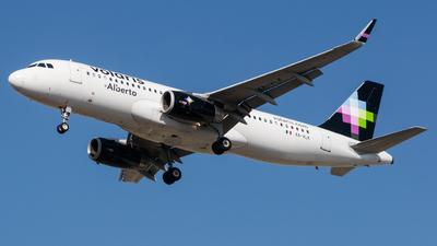 A picture of XAVLK - Airbus A320233 - Volaris - © Gabriel Mora