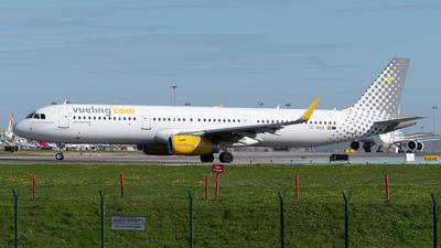 A picture of ECMHB - Airbus A321231 - Vueling - © Rui Cardoso
