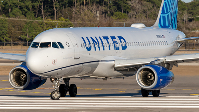 A picture of N419UA - Airbus A320232 - United Airlines - © Positive Rate Photography