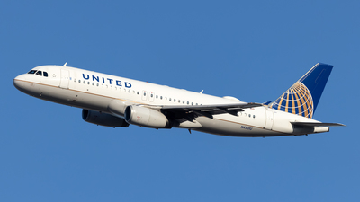 N4901U - Airbus A320-232 - United Airlines