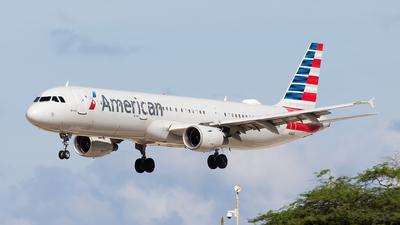 N181UW - Airbus A321-211 - American Airlines