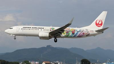 JA330J - Boeing 737-846 - Japan Airlines (JAL)