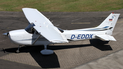 D-EDDX - Cessna 172S Skyhawk SP - Air Hamburg