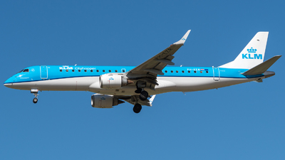PH-EZR - Embraer 190-100STD - KLM Cityhopper
