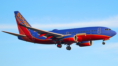 N208WN - Boeing 737-7H4 - Southwest Airlines