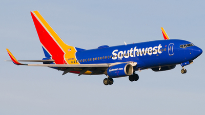 A picture of N431WN - Boeing 7377H4 - Southwest Airlines - © Gautham Kurup