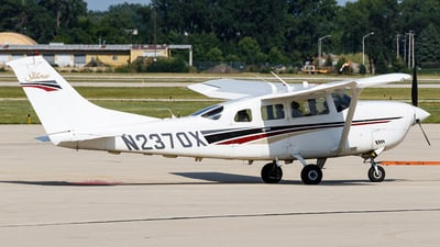 N2370X - Cessna T206H Turbo Stationair - Private