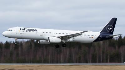 A picture of DAIRD - Airbus A321131 - Lufthansa - © Teemu Pesonen