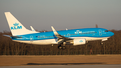 A picture of PHBGL - Boeing 7377K2 - KLM - © Magyar Gábor
