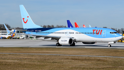 A picture of GFDZR - Boeing 7378K5 - TUI fly - © Chris Jilli