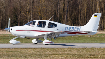 D-EBEW - Cirrus SR20 - Private