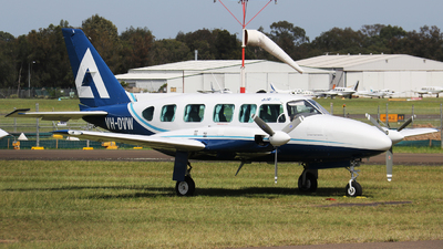 A picture of VHDVW - Piper PA31350 - [317952011] - © Tim Bowrey